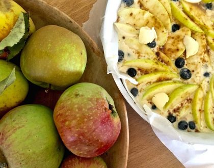 Apple and Blueberry Cake Class