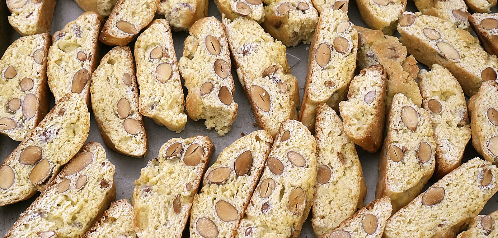 TUSCAN ALMOND COOKIES - CANTUCCI